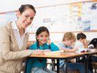 A pedagógiai asszisztens tanfolyam után segíthetsz a tanulási nehézségekkel küzdő gyerekek felzárkóztatásában.