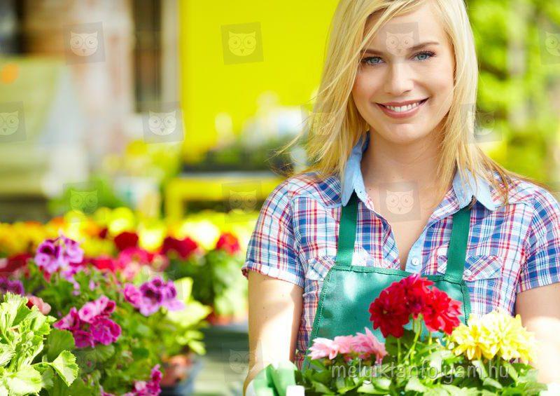 A virágkötő és virágkereskedő tanfolyam során megtanulod a növényeg ápolásának legfontosabb elemeit.