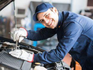 Az autószerelő tanfolyam során elsajátíthatod a legfontosabb hibajavítási technikákat,