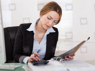 A mérlegképes könyvelő tanfolyam során elsajátíthatod az adózással kapcsolatos ismereteket is.