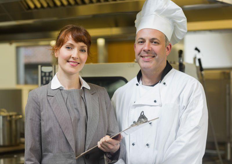 Az élelmezésvezető tanfolyam során tapasztalatot szerezhetsz iskolák, óvodák, közintézmények étkeztetésének szervezésében.